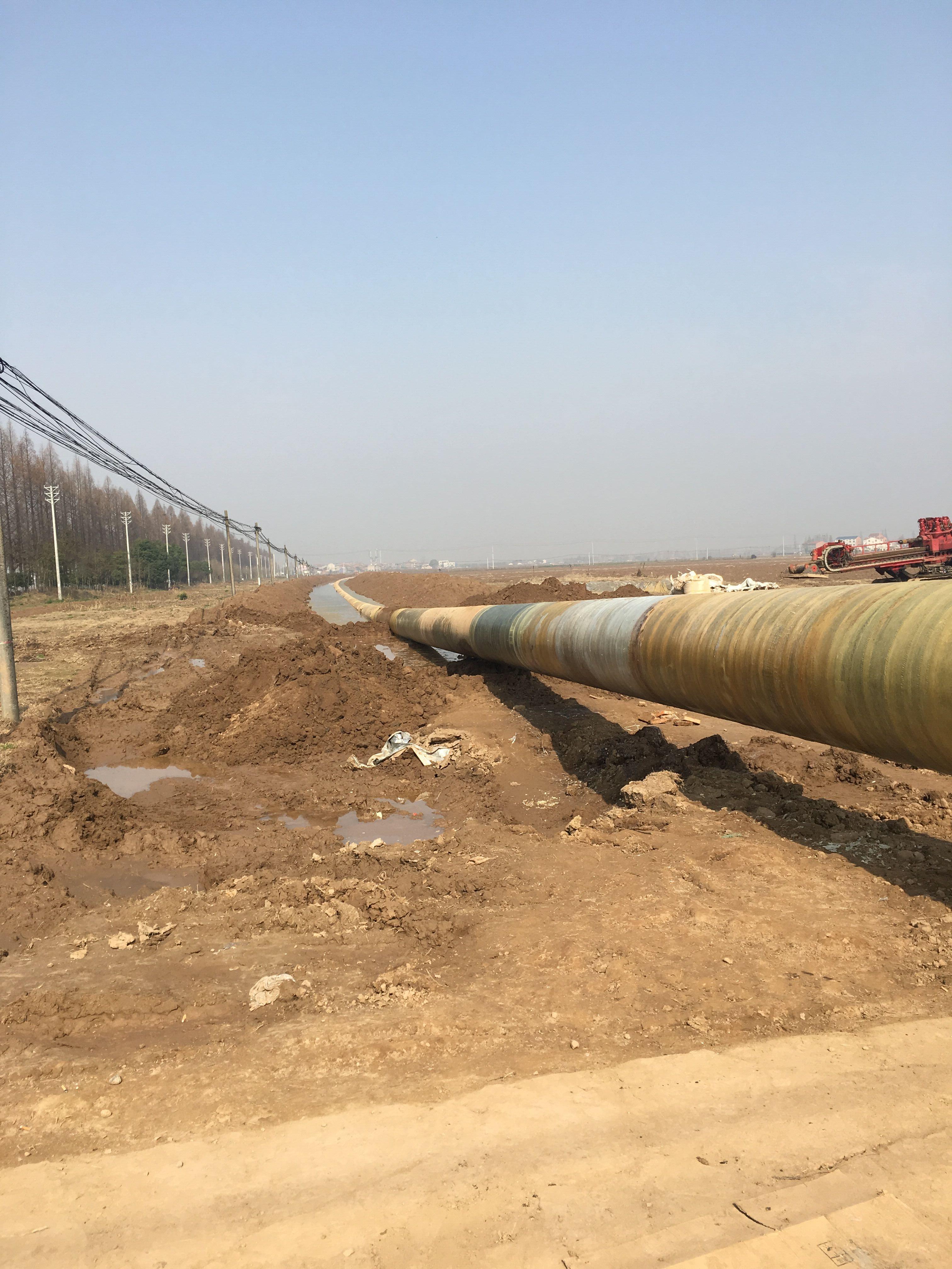 汉南周家河泵站川气东送输气管道定向钻穿越1.jpg
